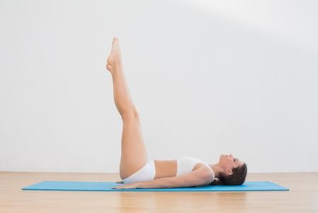 Phương pháp kéo chân thẳng giúp tăng chiều cao, thon gọn vóc dáng