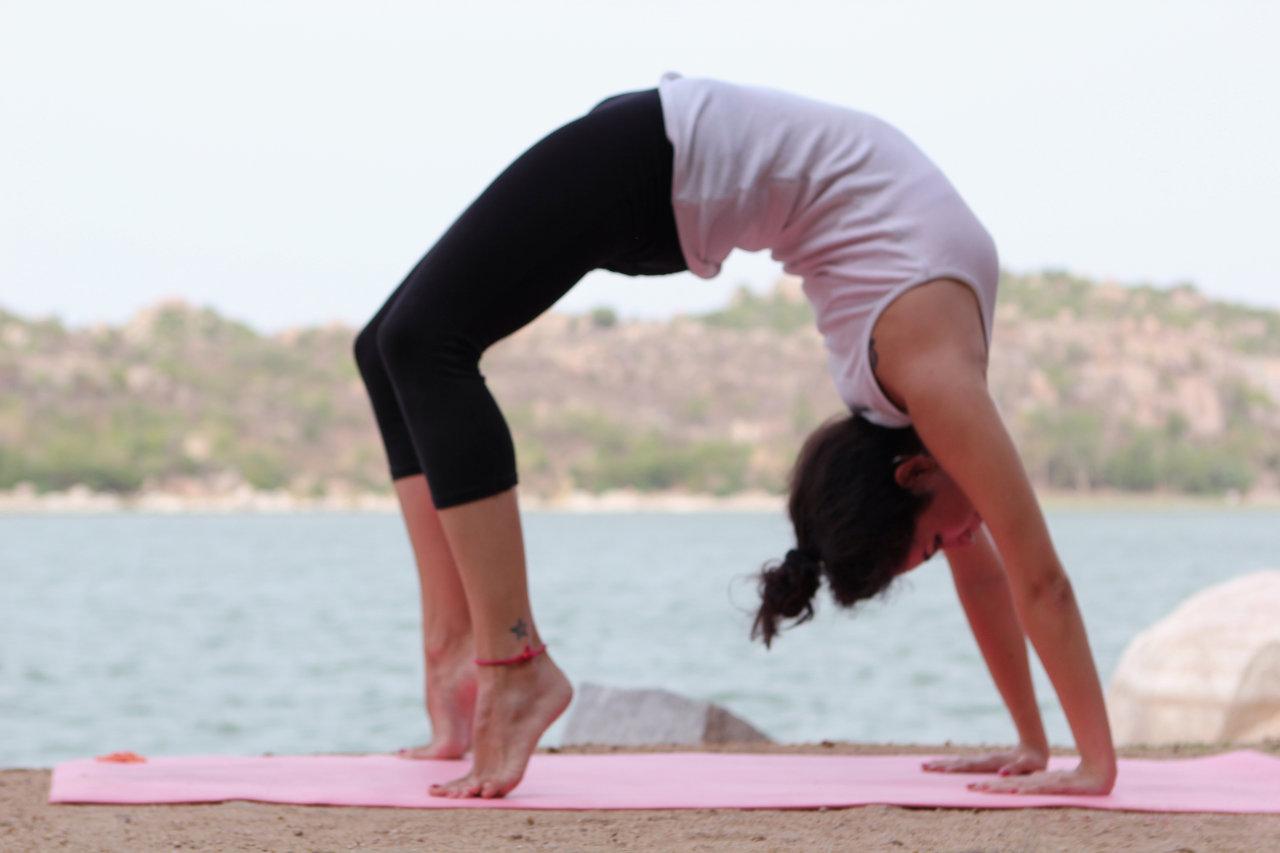 Bài tập thể dục tăng chiều cao Chakrasana