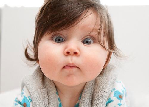 Thiếu nội tiết tố tăng trưởng là cho trẻ trông bụ bẫm hơn những đứa trẻ khác