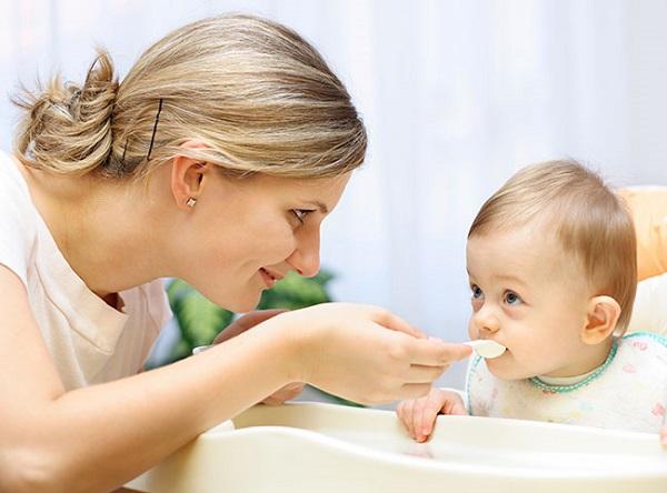 Khẩu phần ăn giúp tăng chiều cao cho bé theo độ tuổi 02
