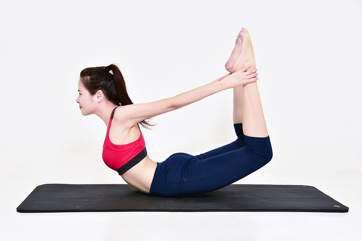 Làn da trắng sáng hơn với 8 bài tập yoga làm đẹp da 01