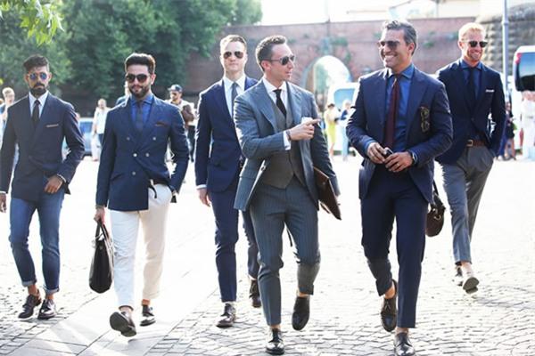 Làm thế nào để các quý ông có thể cải thiện được chiều cao chỉ qua cách phối quần áo, cùng xem qua dưới đây để học hỏi thêm kinh nghiệm nhé!