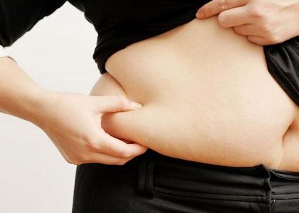 Những người mắc bệnh này rất dễ bị rối loạn cơ xương vì các đốt sống thắt lưng phải chịu gánh nặng quá mức, dẫn đến tổn thương. Béo phì còn làm tăng nguy cơ thấp khớp (khớp gối và háng). Các bệnh về xương khiến bệnh nhân giảm hoạt động thể lực, làm nặng thêm bệnh béo phì.