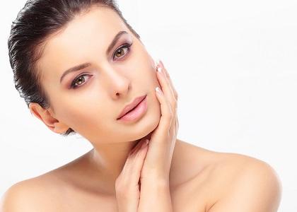 Thị trường hiện nay có hơn 100 loại thực phẩm chức năng bổ sung collagen. Sự đa dạng khiến người dùng không khỏi băn khoăn, vậy mua collagen ở đâu là bảo đảm chất lượng?