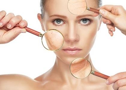 Làn da bắt đầu xuất hiện những nếp nhăn và không còn được độ đàn hồi như xưa, không biết có nên uống collagen bổ sung để ngăn chặn tình trạng này không?