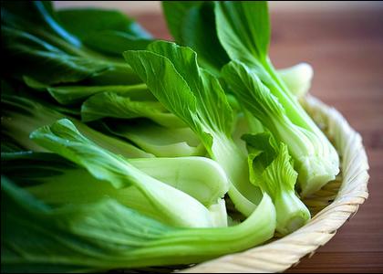 Ăn nhiều rau xanh có thể giúp tim bơm máu hiệu quả hơn và giảm nguy cơ bị  trụy tim, béo phì.