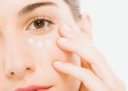 Collagen được xem như là 'thần dược' giúp làm đẹp da, giữ mãi tuổi thanh xuân. Nhưng bạn đã biết collagen là gì chưa? Gấp đôi lượng collagen để làm gì? Câu trả lời sẽ có ngay sau đây.