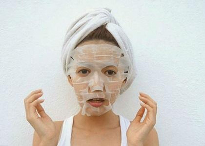 Không cần đến những loại mỹ phẩm đắt tiền, nhưng phụ nữ Nhật luôn sở hữu làn da trắng sáng nhờ vào cách làm đẹp da đến từ thiên nhiên. Hãy tìm hiểu qua bài viết dưới đây.
