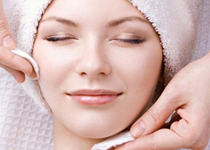 Bạn đã biết sữa chua là phương pháp làm đẹp da rất an toàn và hữu hiệu? Nếu chưa, hãy đọc bài viết dưới đây!