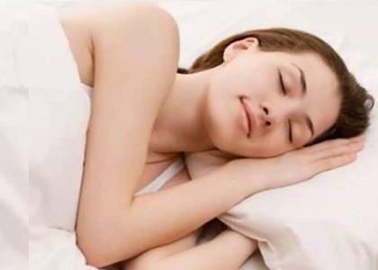 Khi được cho lời khuyên làm sao để cao hơn, cách phát triển chiều cao là gì? bạn luôn nhận được đáp án cần phải ngủ đủ giấc, vậy tại sao ngủ đủ giấc giúp chúng ta phát triển chiều cao? Nguyên nhân, lợi ích mà việc ngủ đủ giấc mang lại là gì? Xem ngay dưới đây nhé!