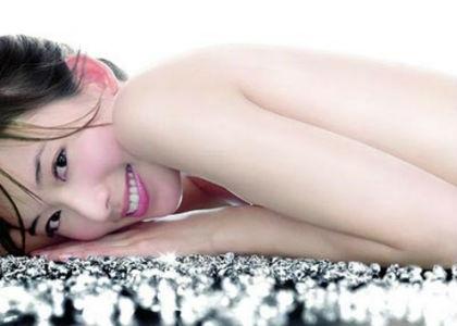 Nghiên cứu của các nhà khoa học thuộc học viện Nghiên cứu phòng bệnh quốc tế Pháp và học viện Nghiên cứu ung thư Ý phối hợp thực hiện vừa công bố cuối tháng 7 vừa qua trên tạp chí y khoa BMJ cho biết: những người đã tắm trắng có nguy cơ ung thư da cao hơn 20%!