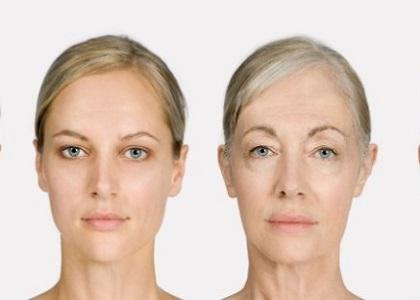 Chúng ta đều biết các dấu hiệu của lão hóa da thường là nếp nhăn, da kém săn chắc, vết thâm nám… Đó là những biểu hiện bên ngoài của quá trình lão hóa da ngay từ bên trong đã xảy ra từ trước đó… Trong cuộc sống ngày nay, bận rộn và những lo toan làm cho chị em phụ nữ không có nhiều thời gian chăm sóc bản thân… Đến một ngày, chúng ta chợt nhận ra mình đã già hơn nhiều so với tuổi.