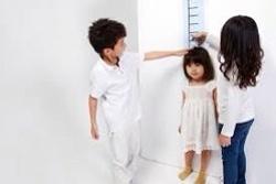 Khi các con đến giai đoạn phát triển thể chất thì người mẹ lại đối diện với nhiều mỗi lo khi tăng chiều cao cho trẻ. Với bài viết này chúng tôi hi vọng sẽ trợ giúp các bạn được một phần nào đó.