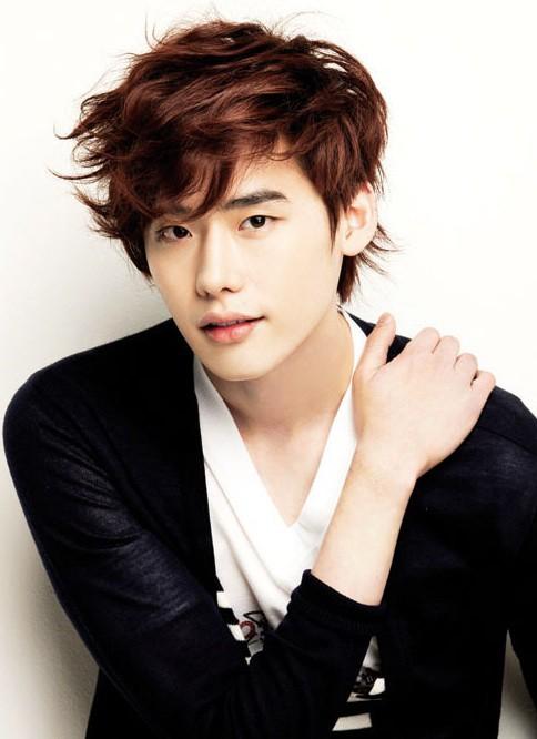 Lee Jong Suk cao 1m86