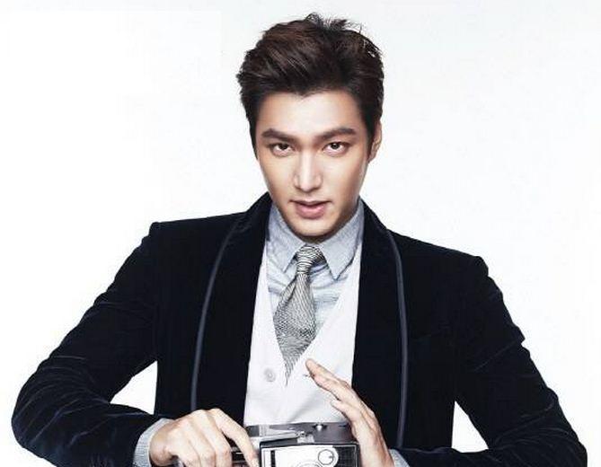 Lee Min Ho nổi lên nhờ bộ phim ăn khách Boys Over Flowers