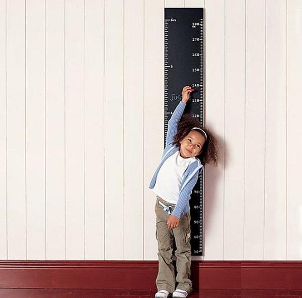 Có rất nhiều tác nhân ảnh hưởng đến quá trình tăng trưởng và phát triển của bé.