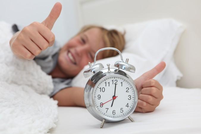 Xây dựng thói quen dậy sớm mỗi ngày sẽ giúp bạn cải thiện chiều cao