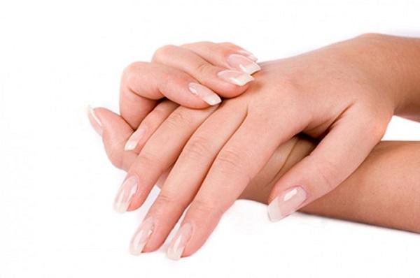 Giấm – bí quyết làm đẹp những vùng da khô của đôi bàn tay hiệu quả.