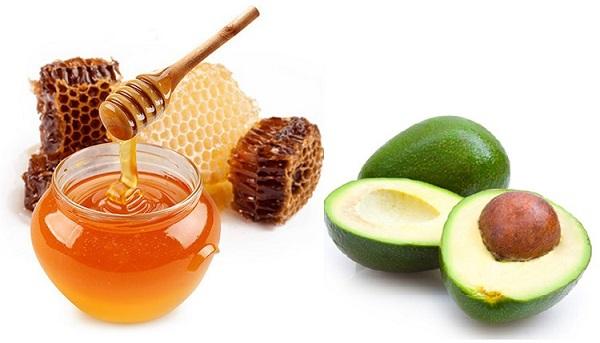 Hỗn hợp bơ và mật ong có tác dụng làm đẹp da khô rất hiệu quả.