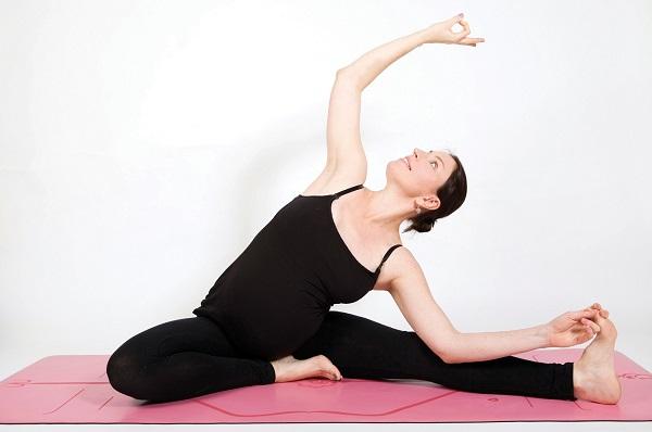 Hãy nhờ đến sự chỉ dẫn của các huấn luyện viên khi luyện tập yoga để đạt kết quả tốt nhất