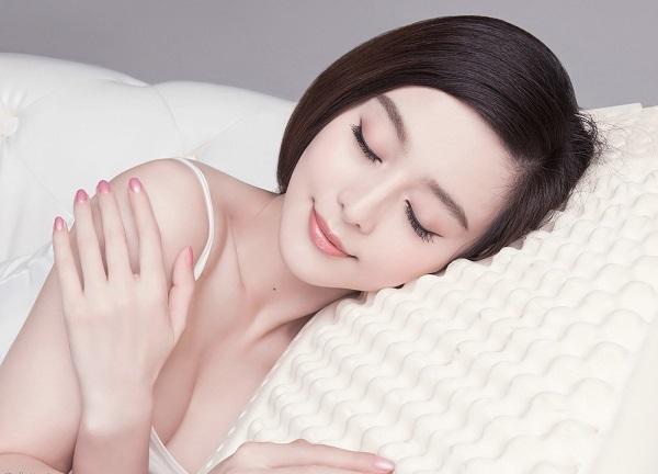 Ngủ đủ giấc – một trong những yếu tố giúp làm đẹp da từ bên trong