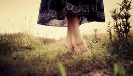 Đi nhón gót thường xuyên bí quyết tăng chiều cao cho bạn