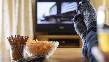Giảm xem tivi nếu không muốn béo phì
