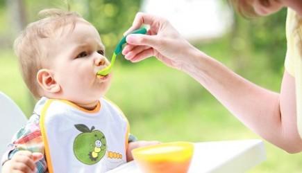 Làm cách nào giúp tăng chiều cao cho bé ngay khi mới ăn dặm?