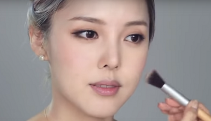 Học cách trang điểm nhẹ nhàng chuẩn Hàn Quốc