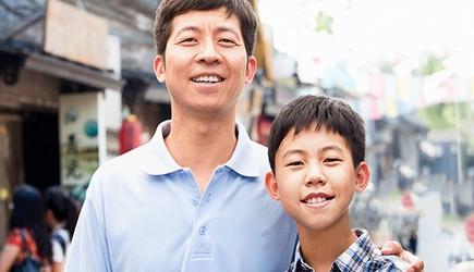 """Ông bố Việt kiều kể lại hành trình """"đi tìm"""" chiều cao cho con"""