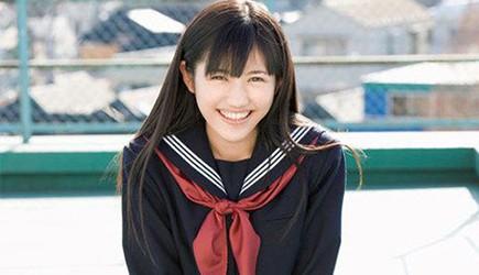 Từ thấp bé, nữ sinh Nhật Bản đã chinh phục chiều cao như thế nào?