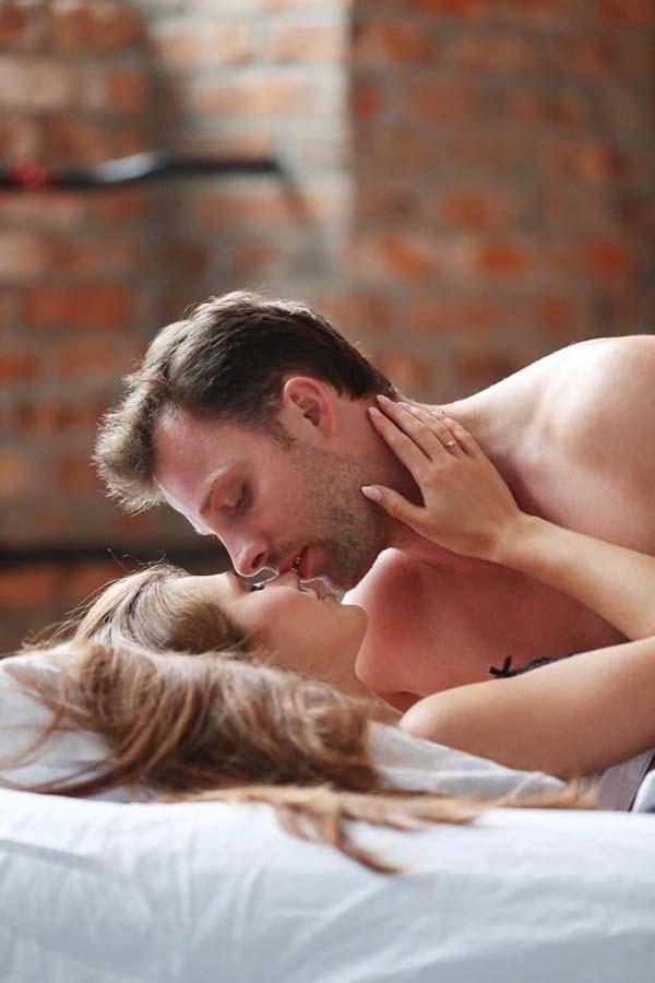 ảnh hưởng của tuổi tác với tình dục