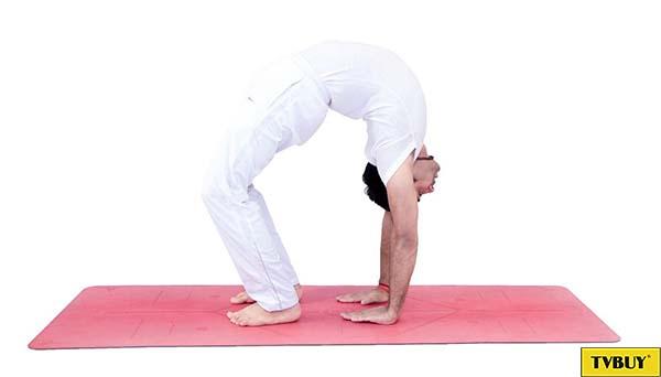 bài tập yoga tư thế cuộn người pilates