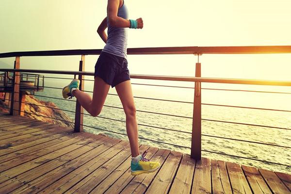 Vận động thường xuyên tăng cường sản sinh hormone tăng trưởng