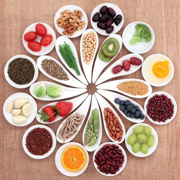 Bổ sung đầy đủ dinh dưỡng giúp trẻ phát triển chiều cao tối ưu