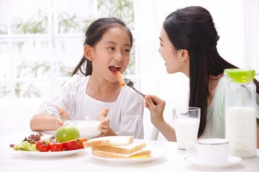 buổi sáng ăn gì để tăng chiều cao