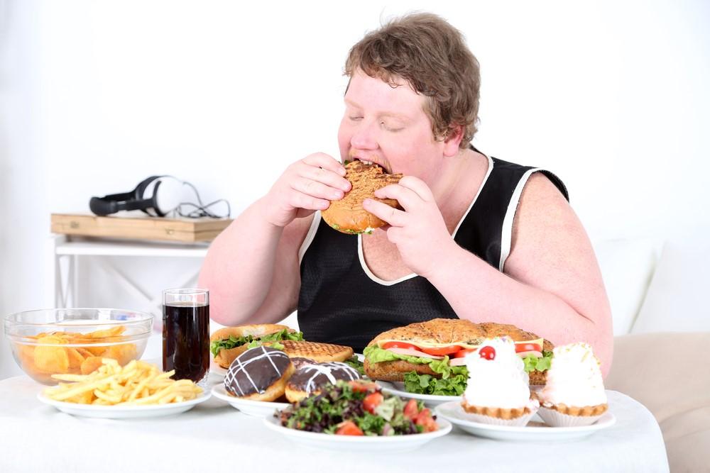 Tránh xa đồ ăn vặt và thức ăn nhanh, đặc biệt là nước uống có ga nếu muốn cao