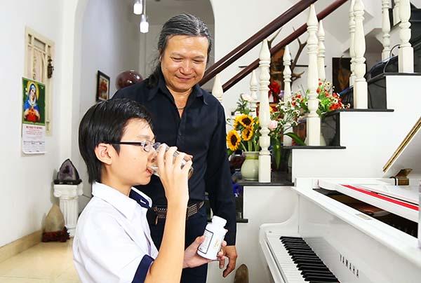 NS Minh Châu khá cẩn trọng trong việc chọn lựaTPBVSK giúp hỗ trợ tăng chiều cao cho con