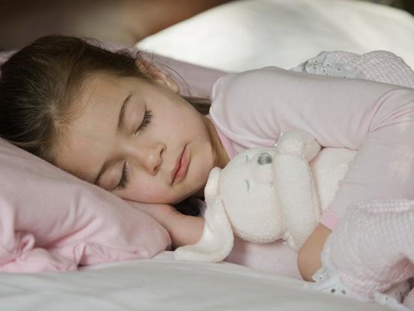 Sinh hoạt điều độ, ngủ đủ giấc