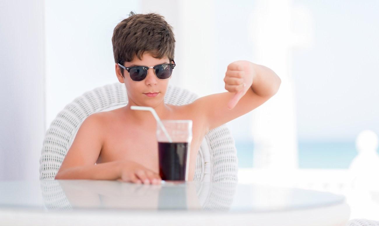 cafe làm hạn chế sự phát triển của trẻ