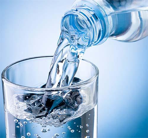 uống nhiều nước để cơ thể khỏe mạnh hơn