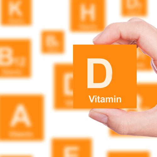 Vitamin D là một nhóm các secosteroid tan được trong chất béo, có chức năng làm tăng cường khả năng hấp thu canxi và phosphat ở đường ruột.